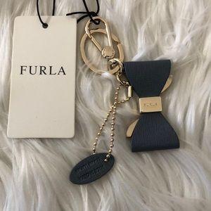 FURLA leather bow key chain NWT